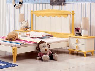 现代风格 实木 黄白色 床头柜