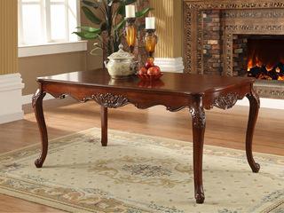 艾菲尔色餐桌