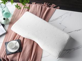 慕思集团时尚品牌 释压护颈记忆枕 记忆棉 枕芯